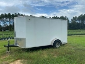 2018 EAGLE ENCLOSED TRAILER - 7FWBE1210J1004712 - WHITE - 6'x12' - SINGLE AXLE - DOUBLE BACK DOOR / SIDE DOOR - WITH 300 GALLON WATER TANK (LOCATED IN OCALA, FL)