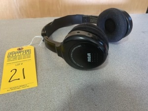 PAIR RCA WIRELESS HEADPHONES (LOCATED IN INMAN SC)