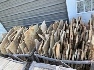 1 CRATE TURKISH STONE - ASSORTED SHAPES AND SIZES - APPROX. 400 SQ FT (LCOATED IN INMAN, SC)
